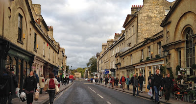 Pulteney Bridge roadside, Bath