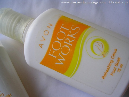 avon foot works scrub gel with salt soak file reviews