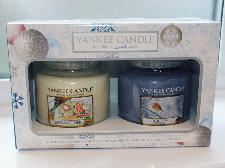 Yankee candle 2 medium jars christmas gift set