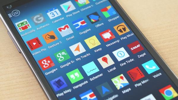 قائمة لأكثر التطبيقات والألعاب استهلاكا للبطارية ،بيانات الاتصال ، والاداء في هواتف الاندرويد لسنة 2015