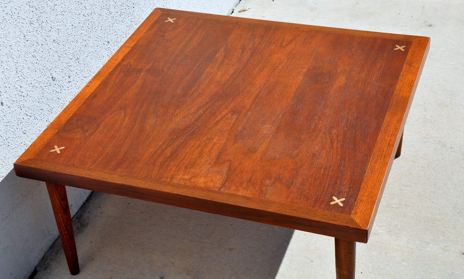 Mid-Century Modern American of Martinsville Coffee / Cocktail Table