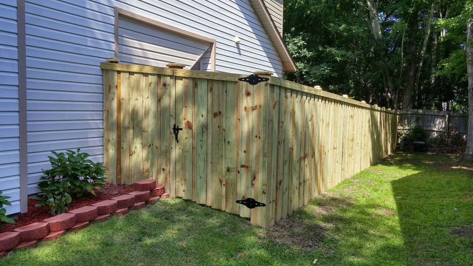 Installed Approx 139 Of 6 Treated Wood Privacy Fence