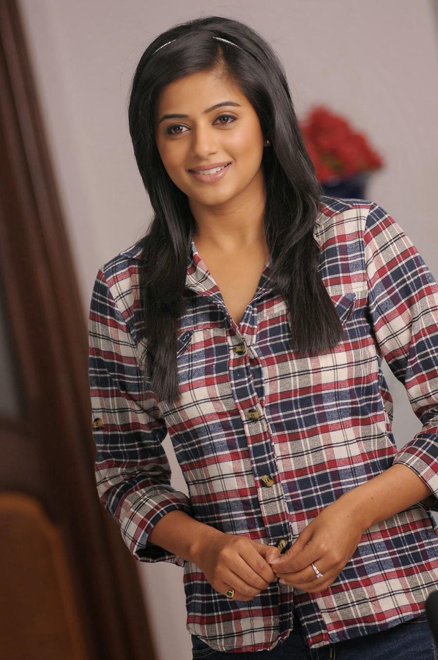 Priyamani photos from Chandi Movie-HQ-Photo-12