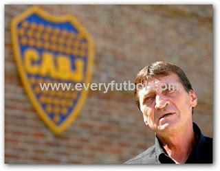 Cesar Falcioni No Se Va De Boca Juniors