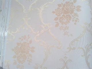 Wallpaper Dinding Merek Moncheri