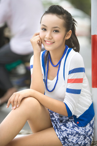 13 years old, beautiful young Vietnamese Teen Model