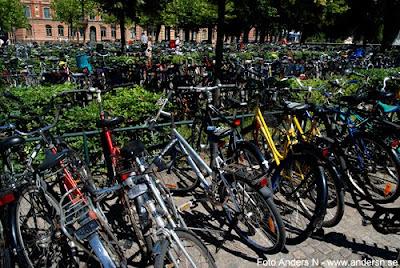 cykelställ, cykel, cyklar, cykelparkering, cykelställe, studentstad, studentliv, lund, foto anders n