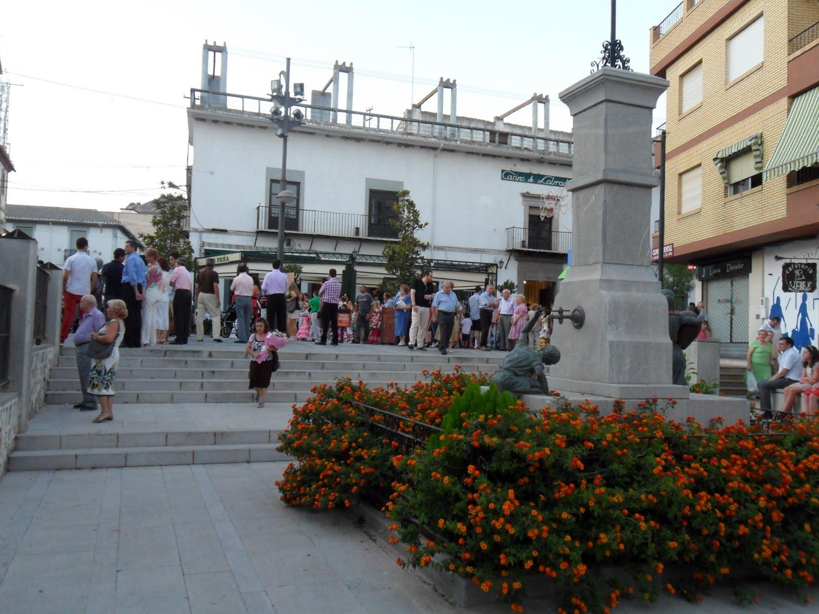 Proteccion civil atarfe ofrenda floral a santa ana - Santa ana atarfe ...