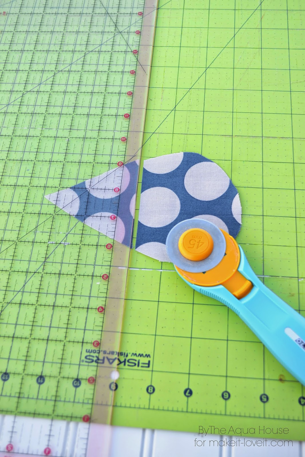 Raindrop pillow tutorial…a great project for spring!