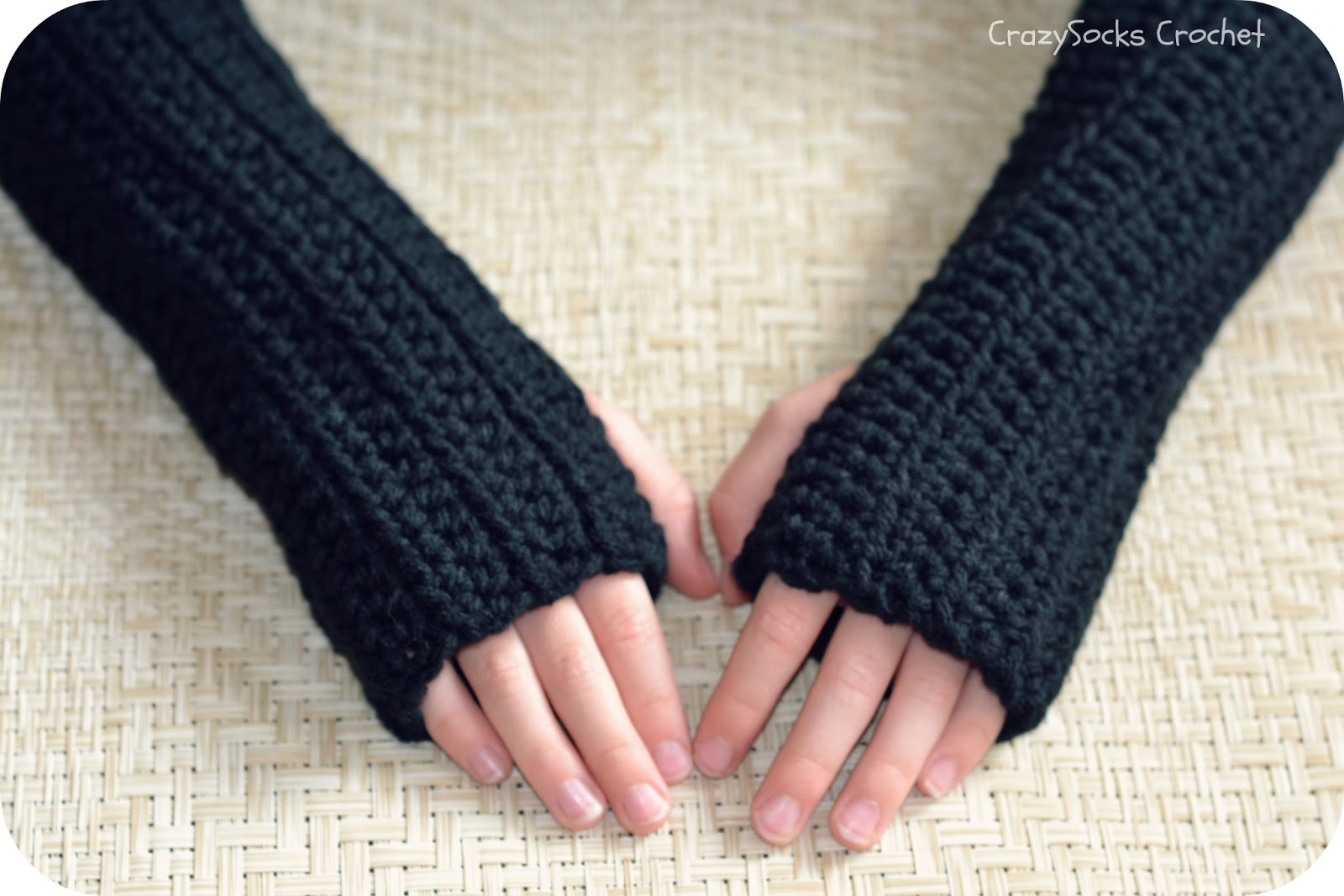 CROCHET PATTERN - Wrist Warmers