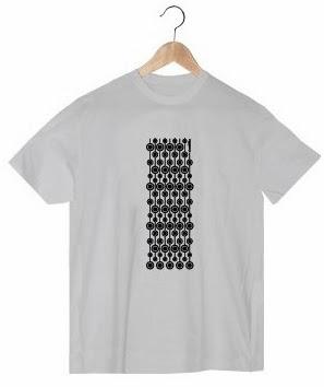 http://strambotica.es/es/27-camiseta-chico-vc.html