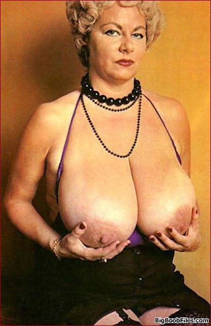 Big tit mature women porn