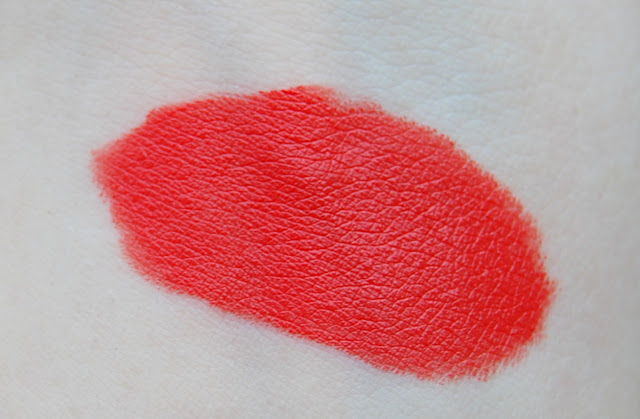 MAC Hey, Sailor! Lipstick in Sail La Vie Swatch