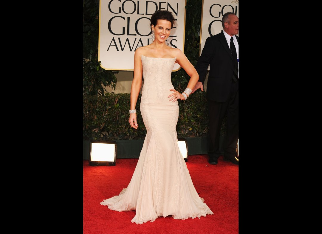http://4.bp.blogspot.com/-MRVDt61igJM/TxNychzr0-I/AAAAAAAAFiY/pM3biywYDOU/s1600/Kate+Beckinsdale.jpeg