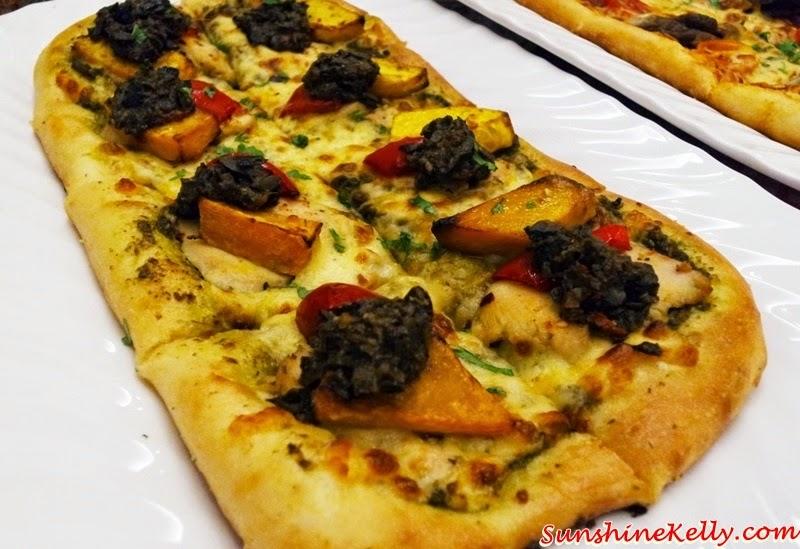Taste of Italy @ Pizza Hut, Taste of Italy, Pizza Hut, Pizza, Pasta, Italian Food, Florentine Chicken Pizza, Romano Chicken Pizza, Tuscan Beef Pizza, Pesto Chicken Spaghetti, Garlic Cream Fettuccine, Italiano Bruschetta, Mamma Mia Meatballs, fast food