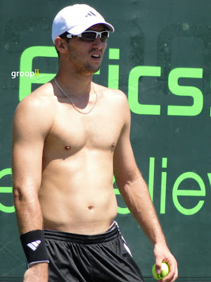 Viktor Troicki Shirtless at Sony Ericsson Open 2011