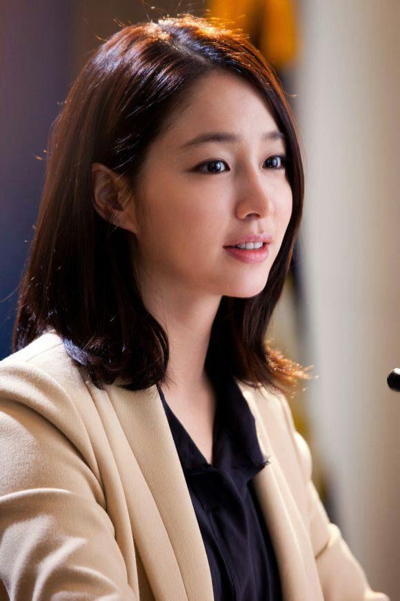 Model Rambut Pendek Sebahu Ter Popular Tahun Model Rambut - Gaya rambut pendek sebahu ala korea