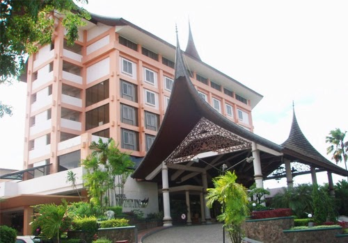 Daftar Tarif Penginapan/Hotel Murah Di Padang Sumatera Barat