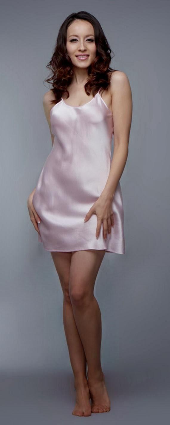 Silk+Short+Night+Wear+Nighty+Dress+For+Girls+Fashion+In+Bed008