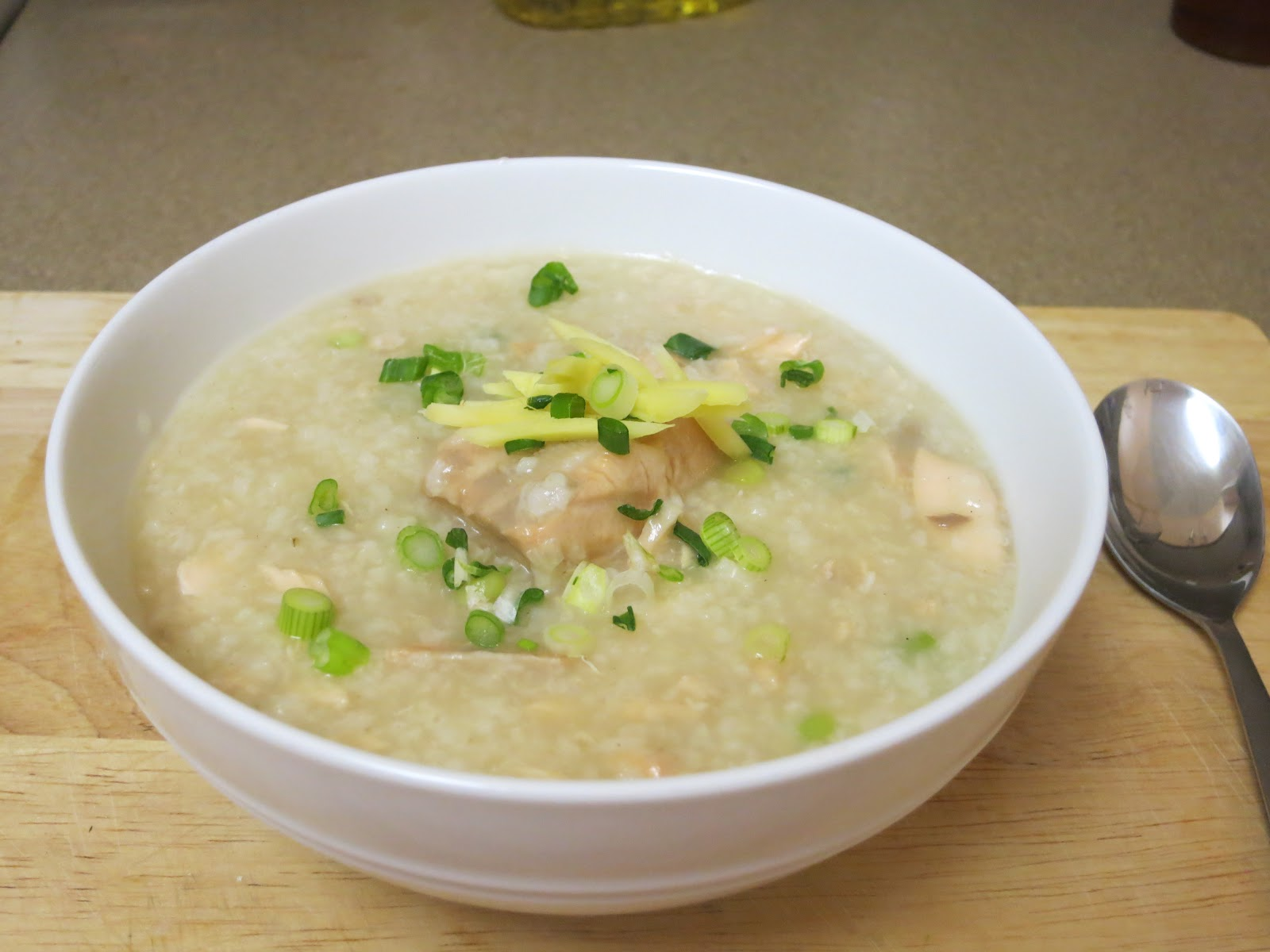 The Cooking Bunny: Salmon Rice Porridge (Salmon Congee)
