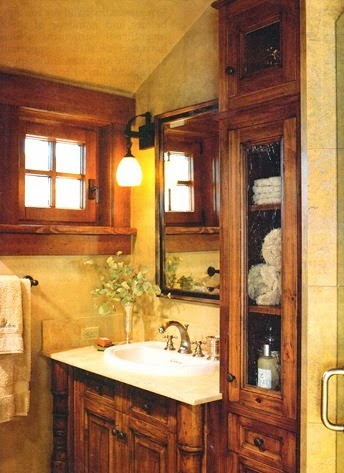 Boiserie c 25 idee per trasformare un piccolo bagno - Trasformare ripostiglio in bagno ...