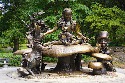 10 Must see places at Central Park