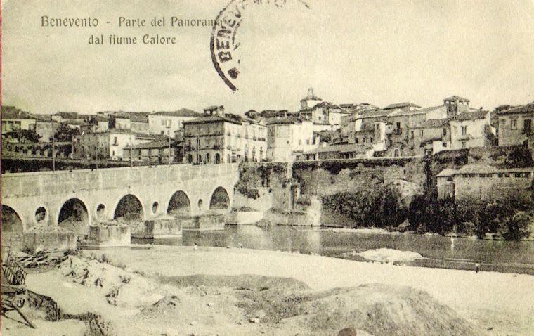 Ponte sul Calore e veduta di Benevento