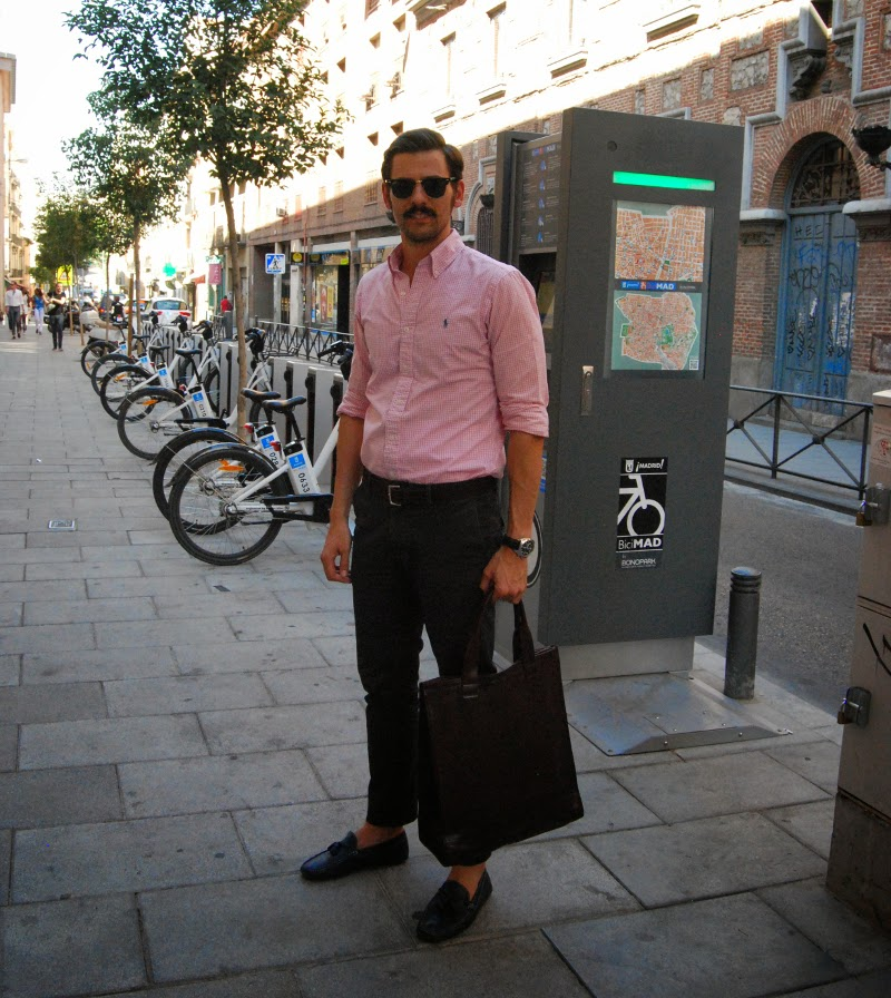 look rosa y azul en madrid