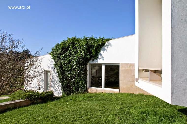 Extremos de la estructura de la moderna casa de campo portuguesa