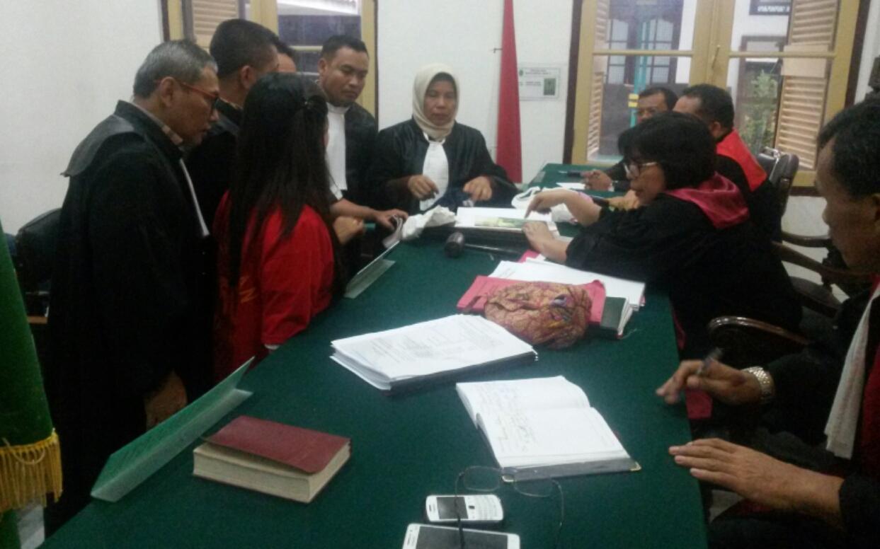 Tuntutan JPU Kepada Elyana 18 Bulan Tak Sesuai Fakta Persidangan
