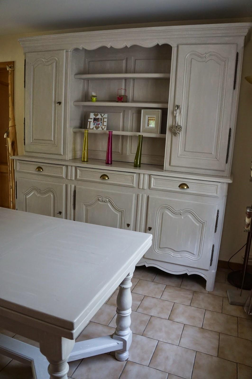urlu et berlu comment patiner un meuble deux corps rustique avant apr s. Black Bedroom Furniture Sets. Home Design Ideas