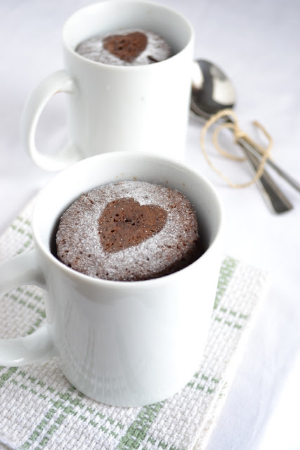 food inspiration: 10 microwave in a mug desserts - Love Stitched