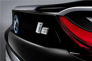 new BMW i8 Spider rear bumper