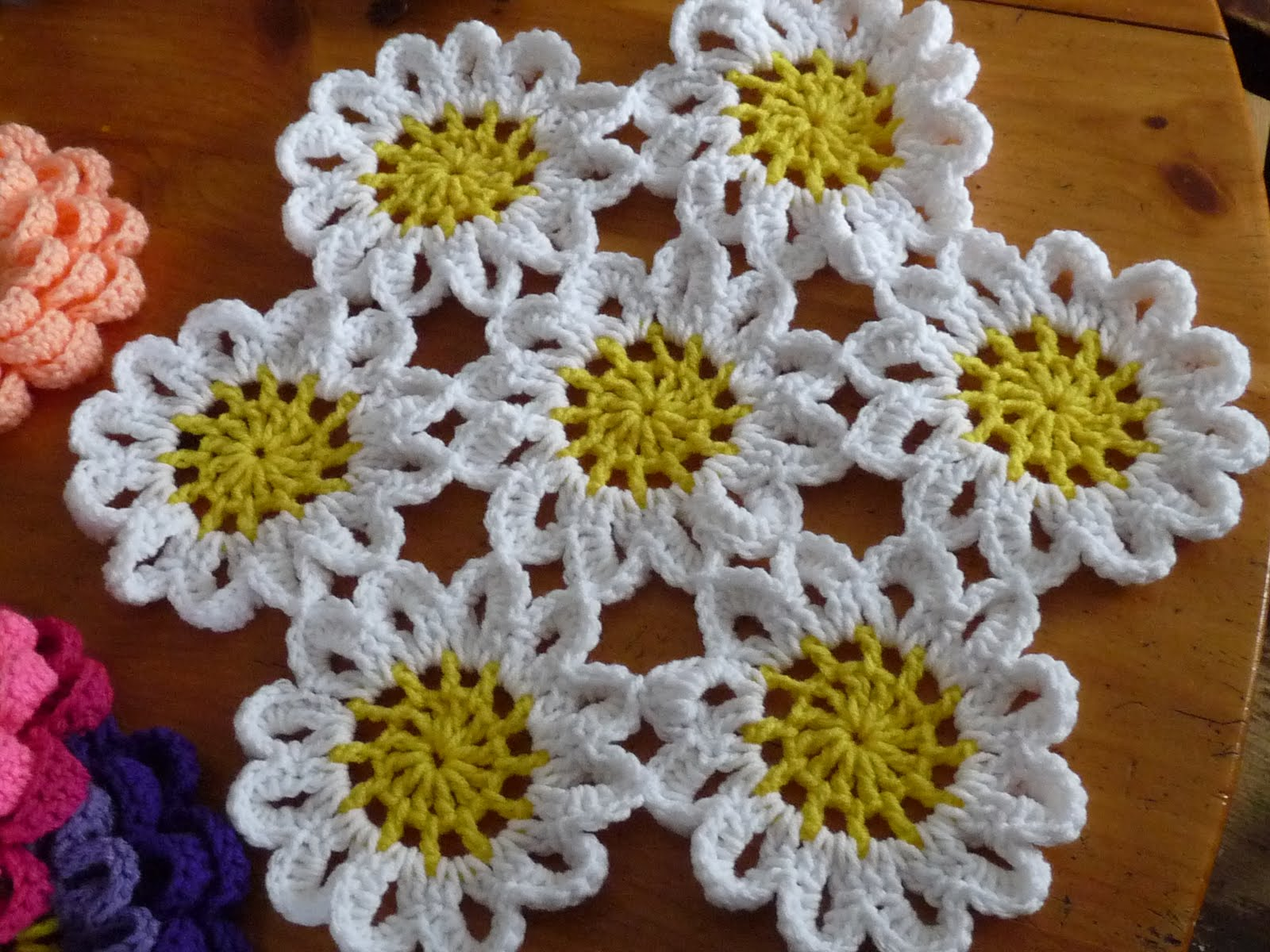 Free Crochet Pattern Japanese Flower : Nancys Crochet: 3-D Flowers