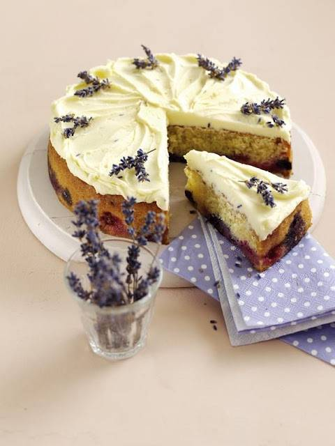 Summer Almond Cake with Lavender Icing ... | Clairejustine | over 40 ...
