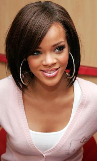 Rihanna küt saç kesim modeli