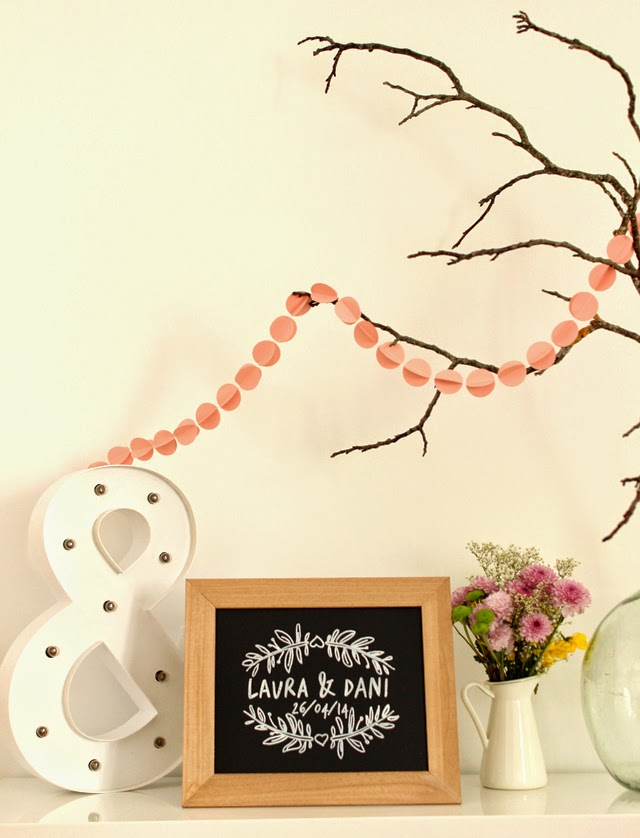 detalles de boda decoración pizarra personalizada hermanas bolena