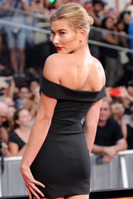 Model @ Hailey Baldwin - Leggy at Premier of Mission Impossible: Rogue Nation - Times Square, NYC