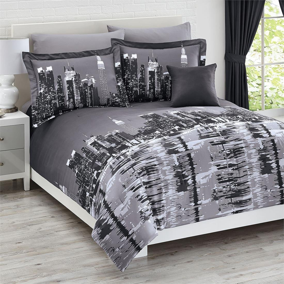 Total fab new york city themed skyline comforters sets for Housse de couette king size