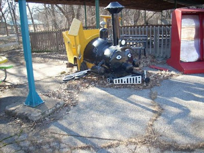 Abandoned Amusement Park in Kansas Seen On www.coolpicturegallery.us