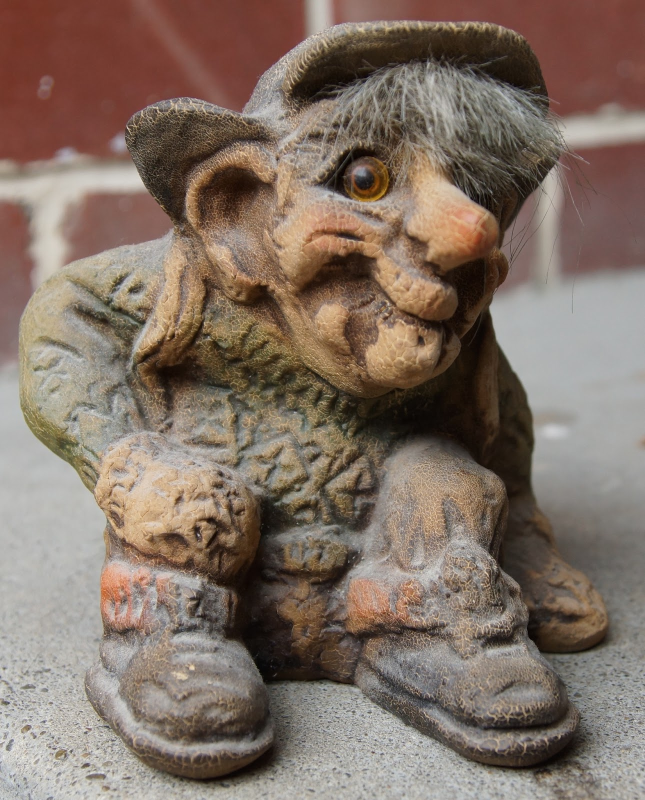 A dusty old troll
