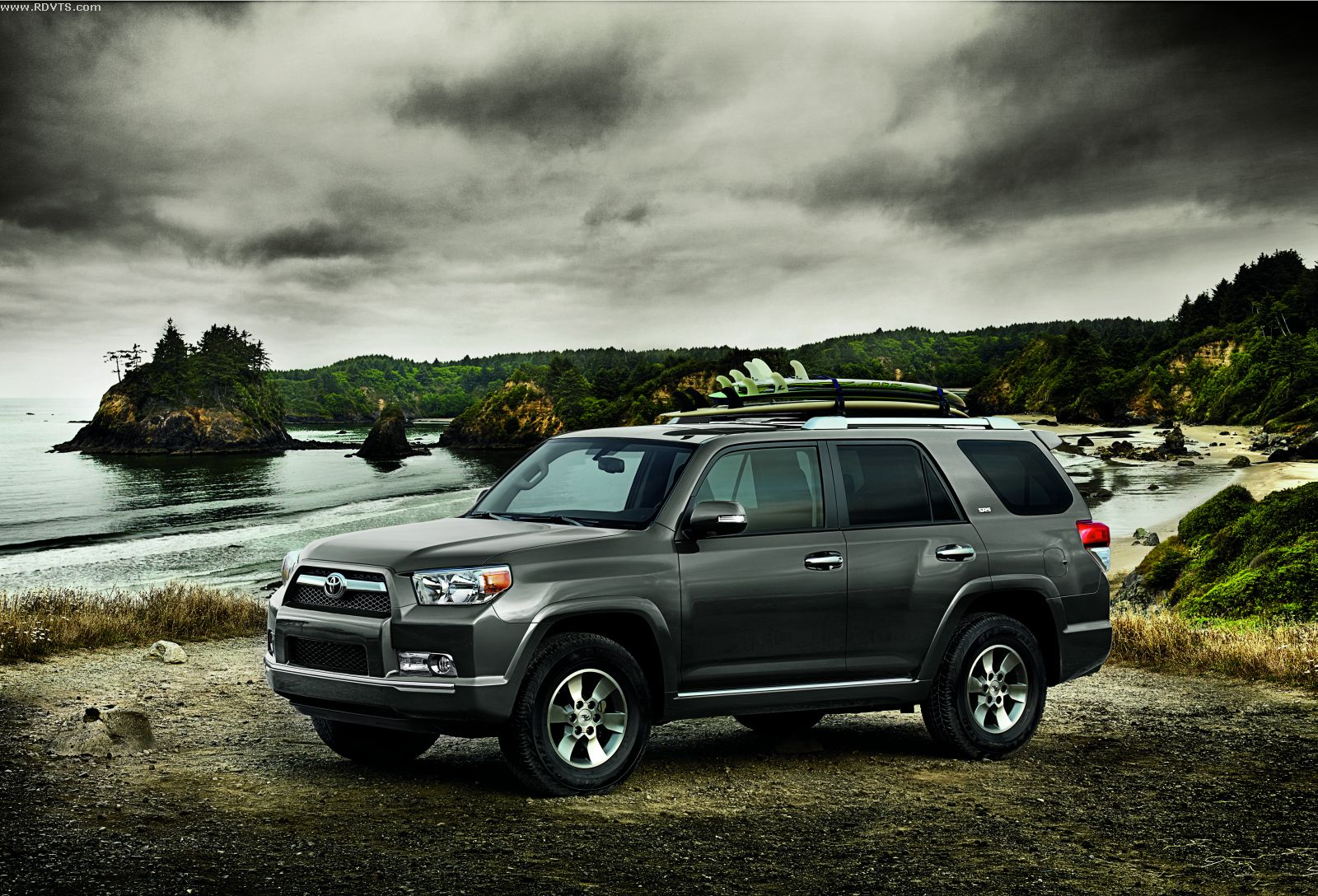 daily cars new 2013 toyota 4runner. Black Bedroom Furniture Sets. Home Design Ideas