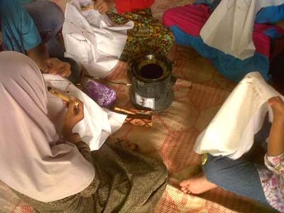 belajar batik program csr_mencanting
