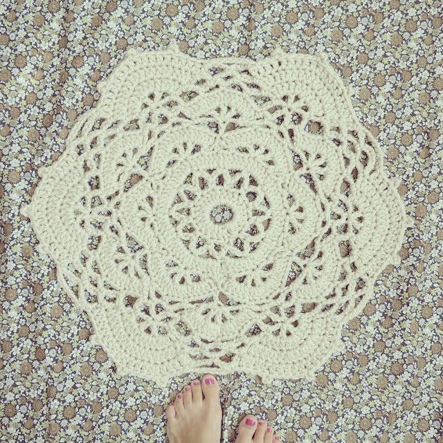 ByHaafner, crochet, doily, rug