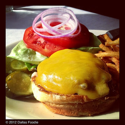 Meyer's All Natural Beef Burger at Meddlesome Moth