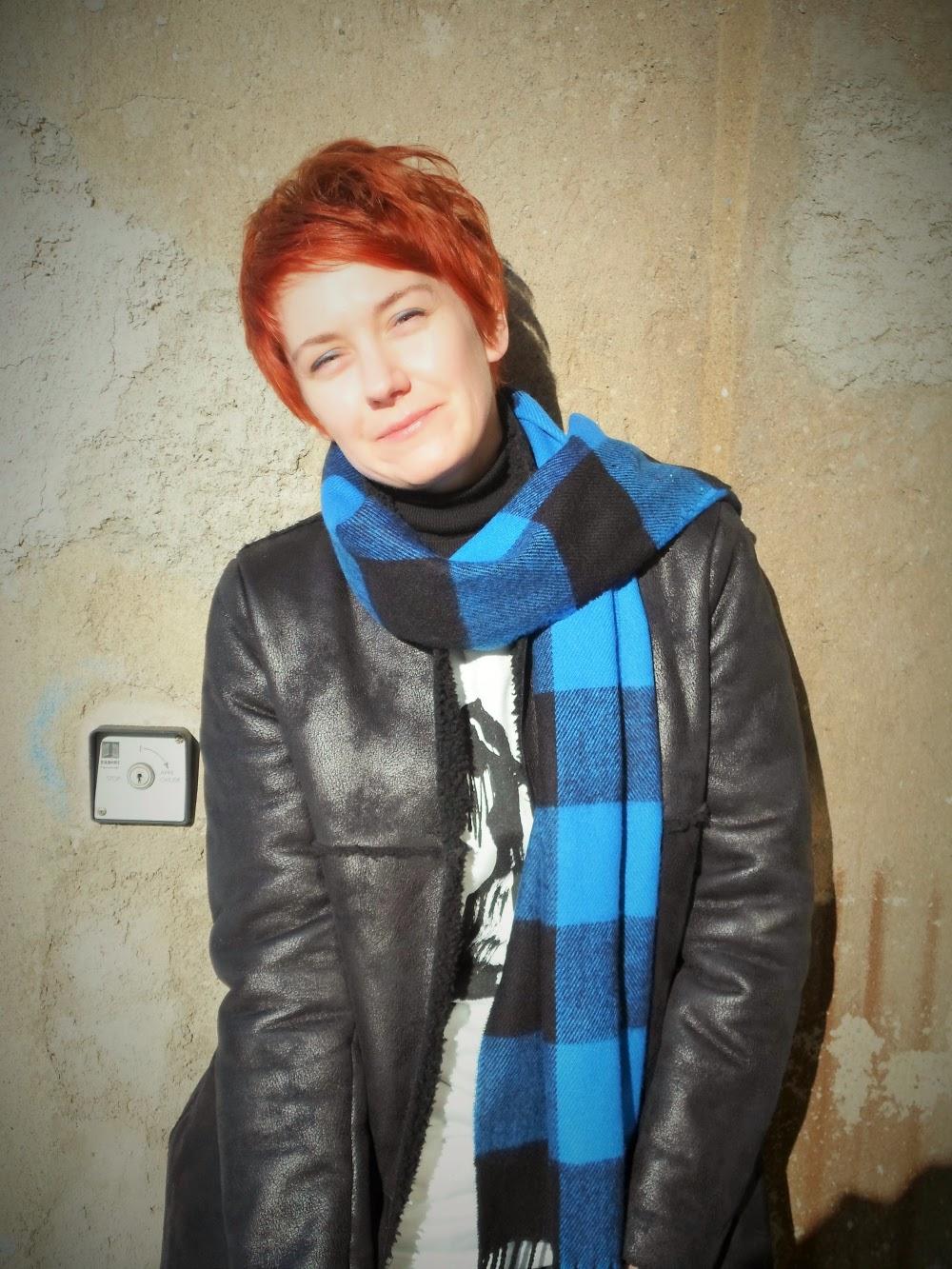 graffiti sweater plaid scarf fashion style blog
