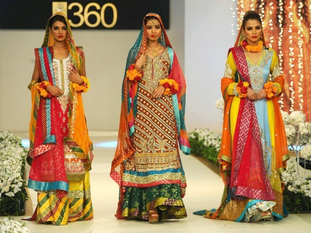 Bridal Fashion Show 360 Bridal Couture Week 2011 12 Indian Fashion Clothing