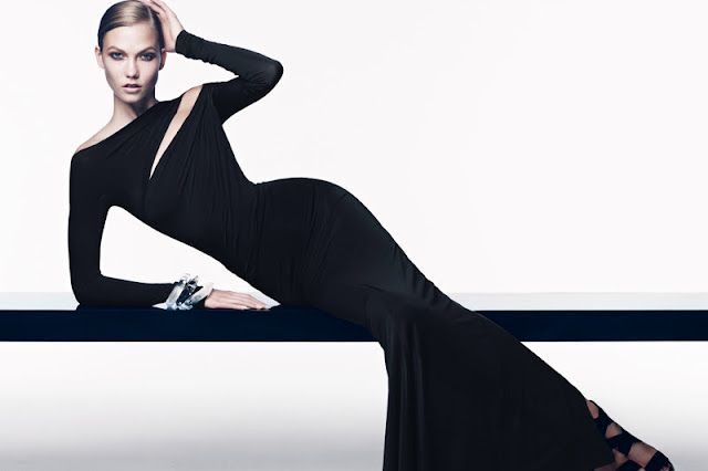 Karlie Kloss  sexy in black dress
