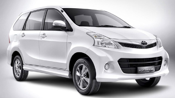 toyota avanza 2013 review