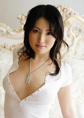 Sexiest Japanese Pornstars Takako Kitahara